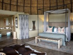 Gondwana-Kwena-Lodge-Honeymoon-Suite-2
