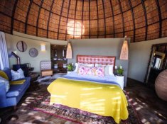 Gondwana-Kwena-Lodge-Honeymoon-Suite