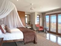 Gondwana Bush Villa Bedroom