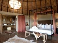 Gondwana Kwena Lodge Honeymoon Suite