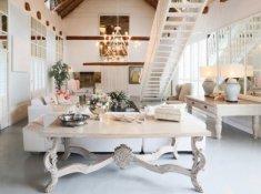 Grand-Dedale-Cottage-Lounge