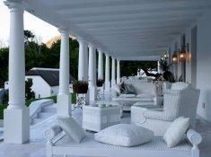 Grand-Dedale-Verandah-Lounge