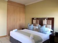 Grosvenor Apartments Executive Bedroom