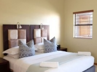 Grosvenor Gardens Executive Bedroom