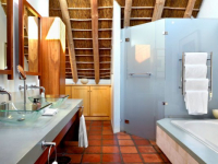 Holden Manz Oliphant Mountain Suite Bathroom