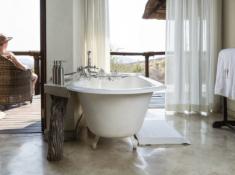 Impodimo Bath Tub