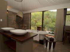 Inzalo-Safari-Lodge-7