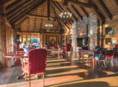 Jabulani-Safari-Main-Lodge-1