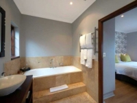 Kanonkop Garden Suite Bathroom