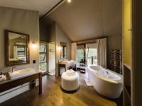 Kapama Buffalo Camp Tent Bathroom