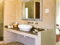 Kapensis Bathroom