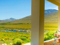 Kapensis Erica Bedroom View