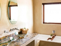 Kapensis Superior Room Bathroom