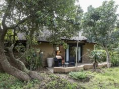 Kariega-River-Lodge-Suite-Exterior