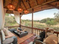Karongwe-River-Lodge-Deck-Area-2
