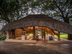 Karongwe-River-Lodge-Entrance