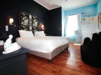 Karoo Art Hotel Bedroom 2