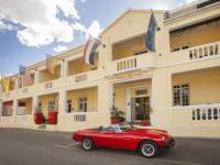 Karoo Art Hotel Exterior 2
