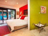 Karoo Art Hotel Garden Court2