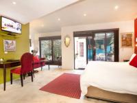Karoo Art Hotel Garden Suite