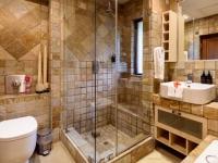 Khaya Ndlovu Bathroom (2)