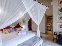 Khaya Ndlovu Bedroom (10)
