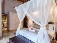 Khaya Ndlovu Bedroom (7)