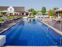 Kieviets Kroon Swimming Pool Deck