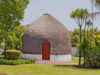 Kieviets Kroon Zulu Room Exterior