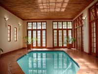 kleine-constantia-indoor-pool