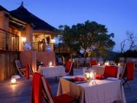 thanda-dining-deck-at-main-lodge