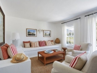 La Cotte 2-bed cottage lounge