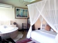 La Dolce Vita Room Interior