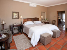 La Plume Luxury Room Buds