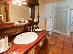 La Plume Private Farm Villa Bathroom