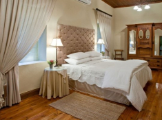 La Plume Private Farm Villa Bedroom