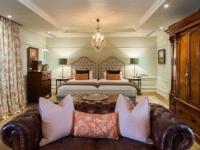 Lanzerac Classic Room 8