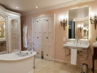 Lanzerac Classic Room Bathroom