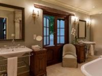 Lanzerac Luxury Room Bathroom 2