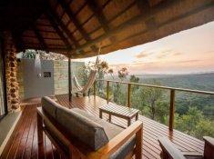 Leopard-Mountain-Bedroom-Deck