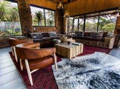 Leopard-Mountain-Central-Lodge-Interior-2