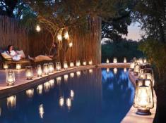 Londolozi-Pioneer-Camp-Pool-at-Night