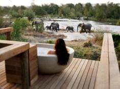 Londolozi-Private-Granite-Suites-River-View-Bath