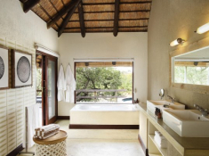 Londolozi-Founders-Camp-Bathroom