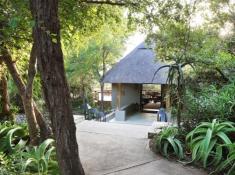 Londolozi-Pioneer-Camp-Entrance