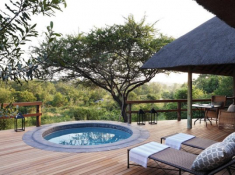 Londolozi-Pioneer-Camp-Private-Deck-and-Pool