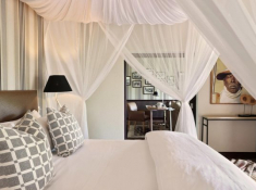 Londolozi-Pioneer-Camp-Suite-Bedroom