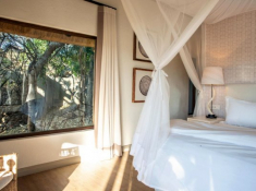 Londolozi-Varty-Camp-Chalet-Interior-5