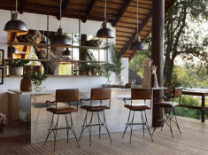 Londolozi-Varty-Camp-Deck-Bar