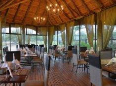 Mabula-Mvubu-Dining-Area
